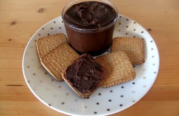 Receta de crema de cacao y avellanas casera
