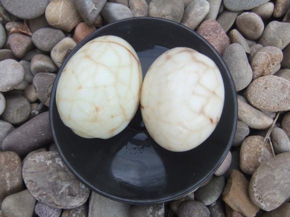 Huevos marmoleados paso a paso