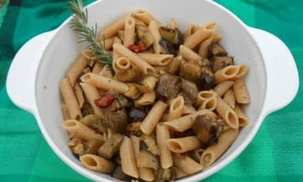 Receta de pasta con berenjenas asadas al romero