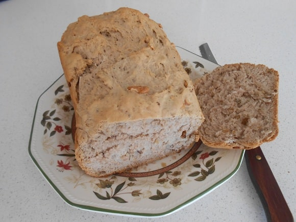 Pan con miel y nueces