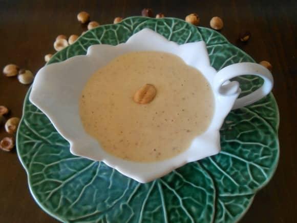 Receta de mayonesa de pera y avellanas