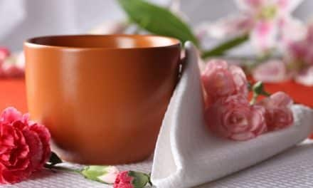 Decorar la cocina con flores