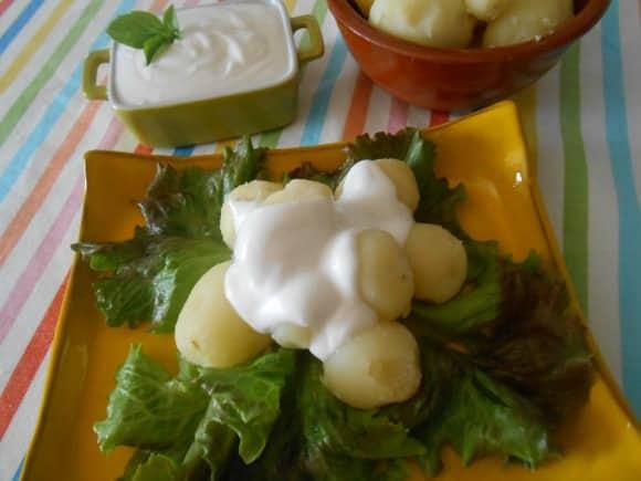 Receta de patatas baby con alioli vegano