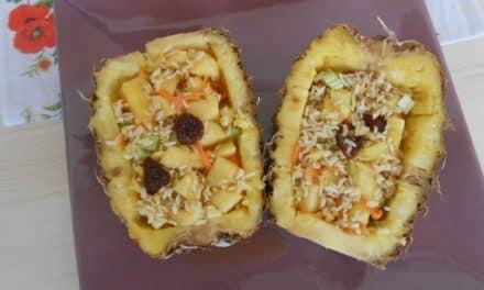 Ensalada de arroz basmati con piña y aliño oriental a la naranja