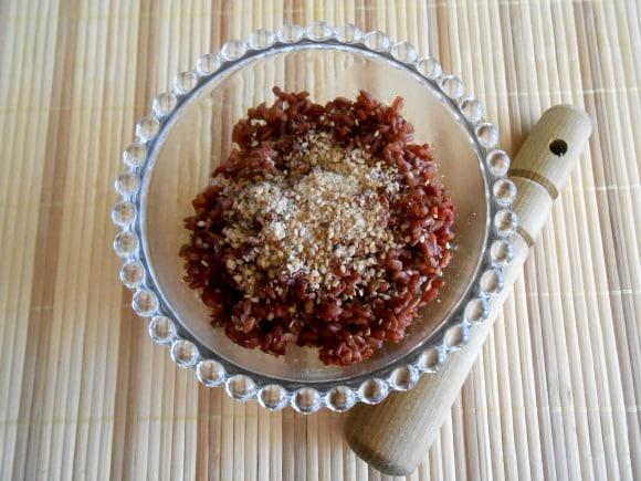 Monodieta de arroz rojo con gomasio