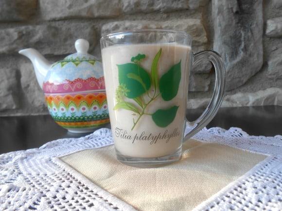 Receta de smoothie de té verde con plátano y canela