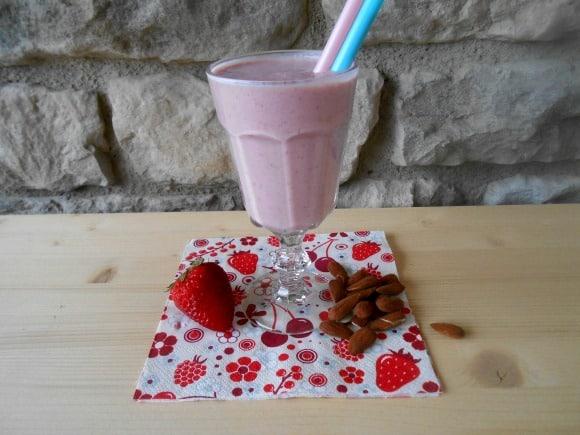 Receta de Chai de fresas y almendras