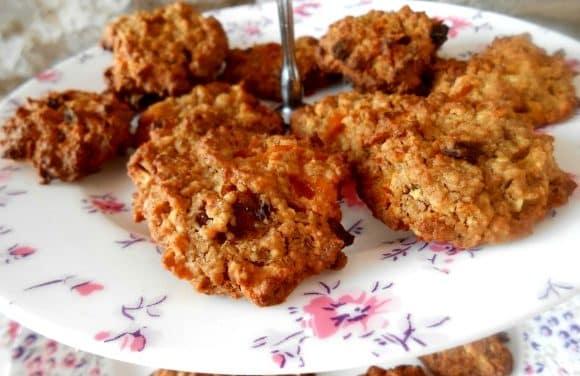Las cookies más sanas: receta de galletas de avena y manzana a la canela (VÍDEO)