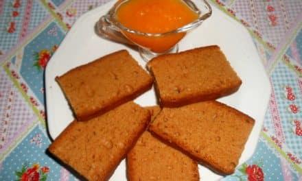 Receta de mermelada de calabaza, zanahoria y naranja con pan de especias y miel