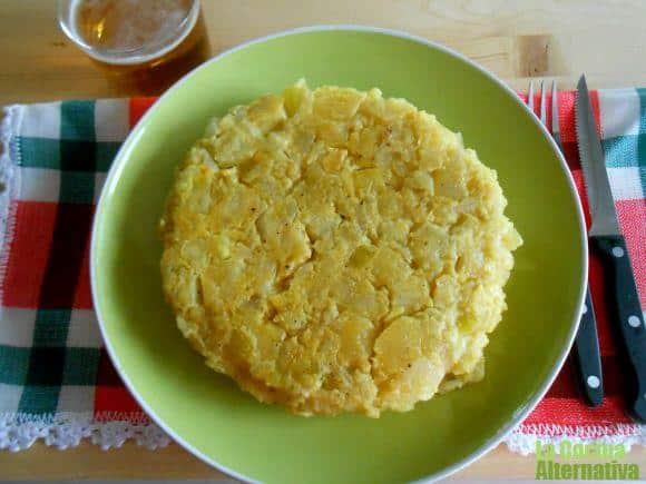 Tortilla de patata y calabacín sin huevos