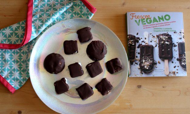 "Bombones helados de chocolate y crema de limón: Libro ""Frescor vegano"""